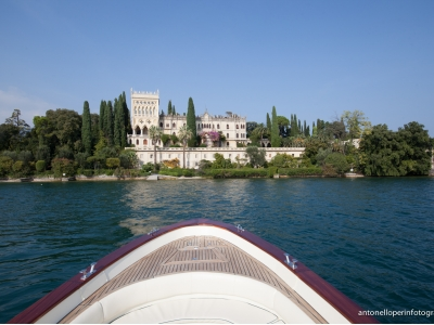 lake garda motorboat wedding